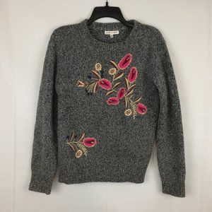 Woven Heart Womens Gray Floral Embroidered Sweater